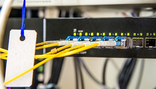 rozwiązania światłowodowe dla domów jednorodzinnych